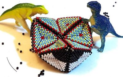 Kaleidocycle by Contemporary Geometric Beadworks
